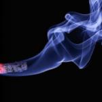 お香で部屋のタバコの匂いは消臭できる!?おすすめの香りは?